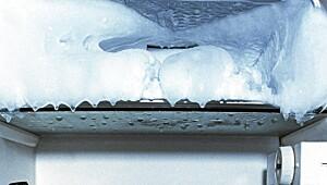 Slik rengjør du kjøleskap og fryser