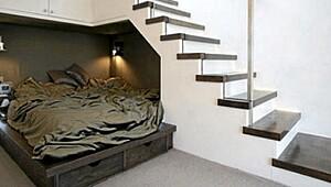 Slik utnytter du plassen under trappen