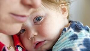 - Akkurat nå sitter det en mor, et eller annet sted i verden, i nøyaktig samme situasjon. Med en liten, feberhetgutt i armene.