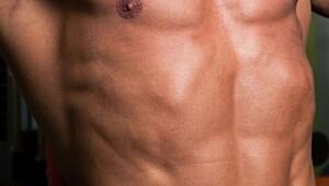 Øvelsen som gir markerte magemuskler