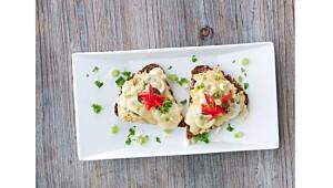Ostesmørbrød med tunfisk