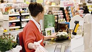 Det er ingen skam å jobbe i butikk!
