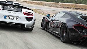 Superduellen: Porsche 918 Spyder mot McLaren P1