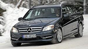 Nær komplett Mercedes