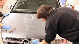 Vi har testet 10 bilshampoer