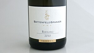 Battenfeld-Spanier Estate Riesling Trocken 2010