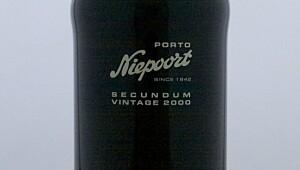 Niepoort Secundum Vintage Port 2000