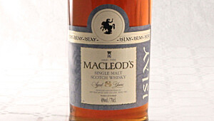 MacLeods Islay Single Malt Whisky 8 YO