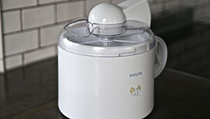 Philips ice cream maker (HR2304)