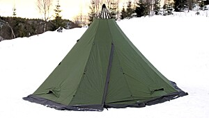 High Peak Trapper 8–10