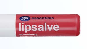 Lipsalve Strawberry fra Boots