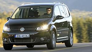 Derfor selger VW Touran i bøtter og spann