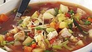 Kyllingsuppe med rotgrønnsaker