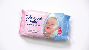 Produkt med parfyme: Johnson's baby skincare wipes